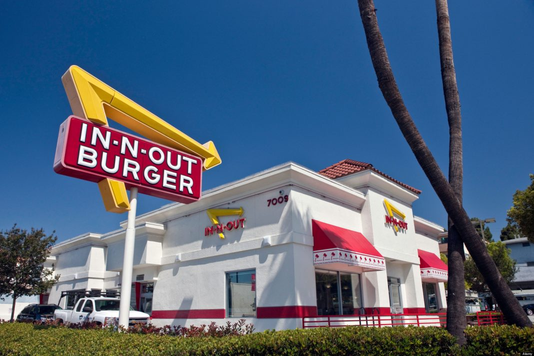It S Happening In N Out Burger Is Coming To Oregon That
