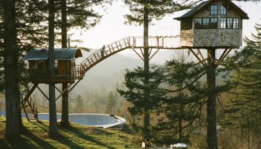 He Quit His Job In NYC To Build This Amazing Tree House in the Pacific Northwest