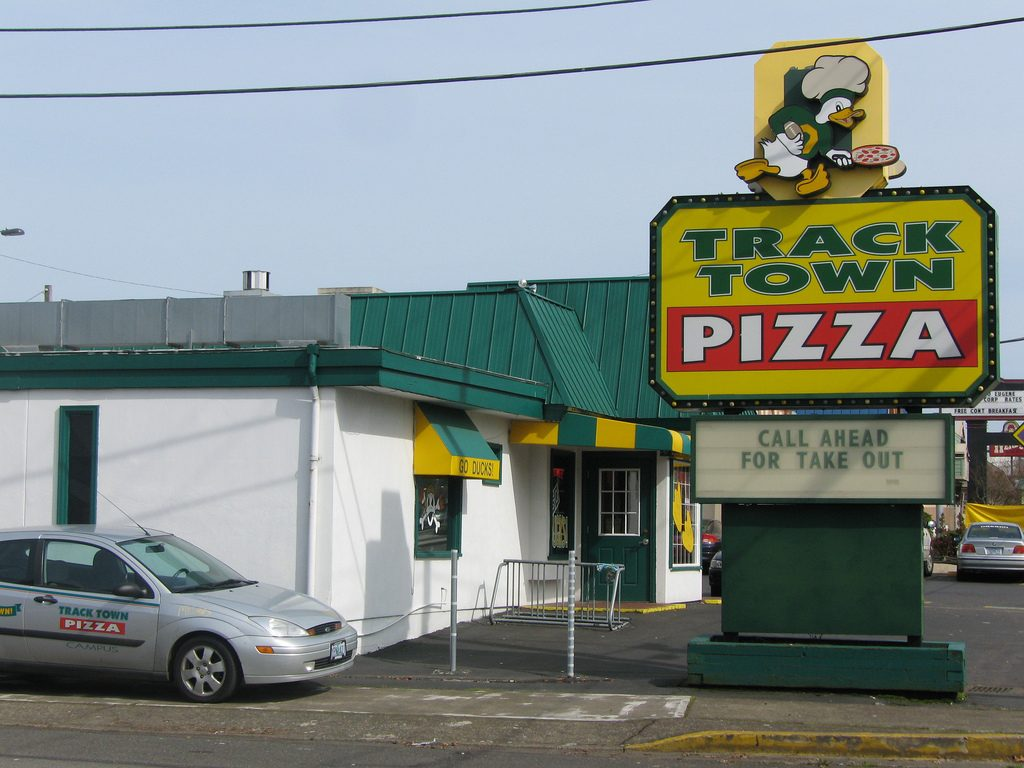 track town pizza