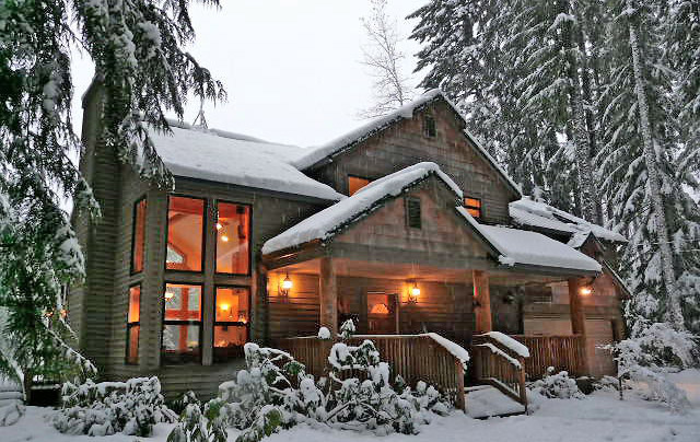 10 Cozy Snowy Cabins In Oregon You Re Going To Love That