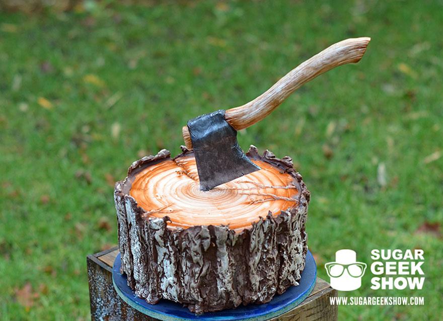 lumberjack-tree-trunk-cake-axe-sugar-geek-show-4