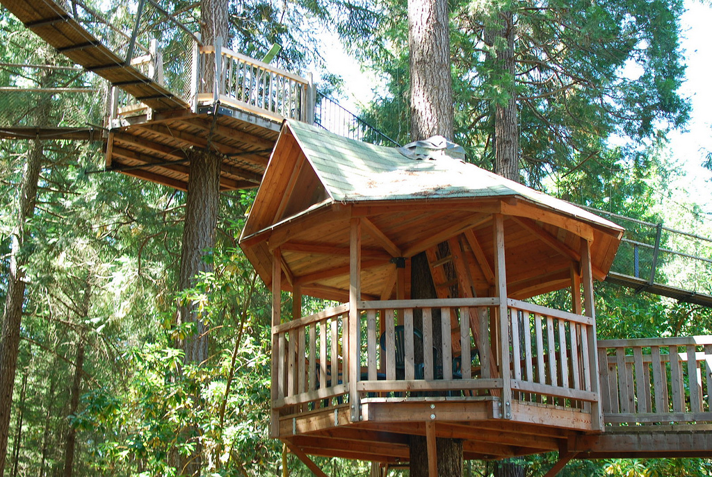 The Most Kickass Oregon Treehouse You Ve Ever Seen Is