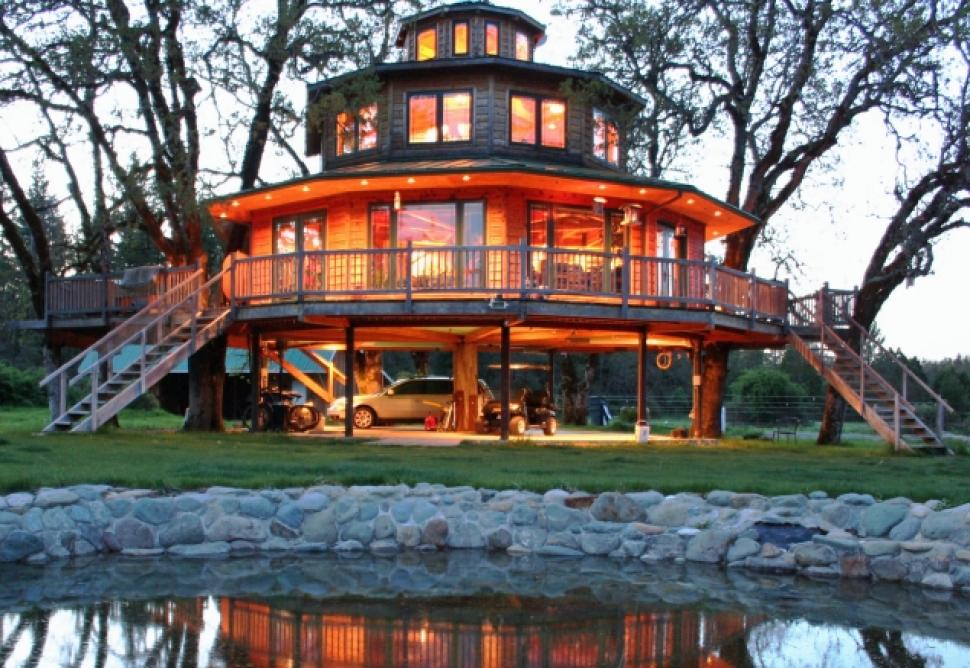 The Most Kickass Oregon Treehouse You 39 Ve Ever Seen Is