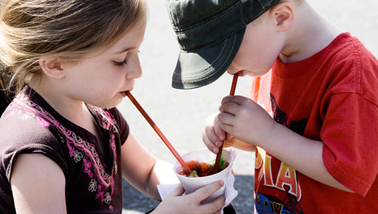 two-kids-sharing-clappstarflickr