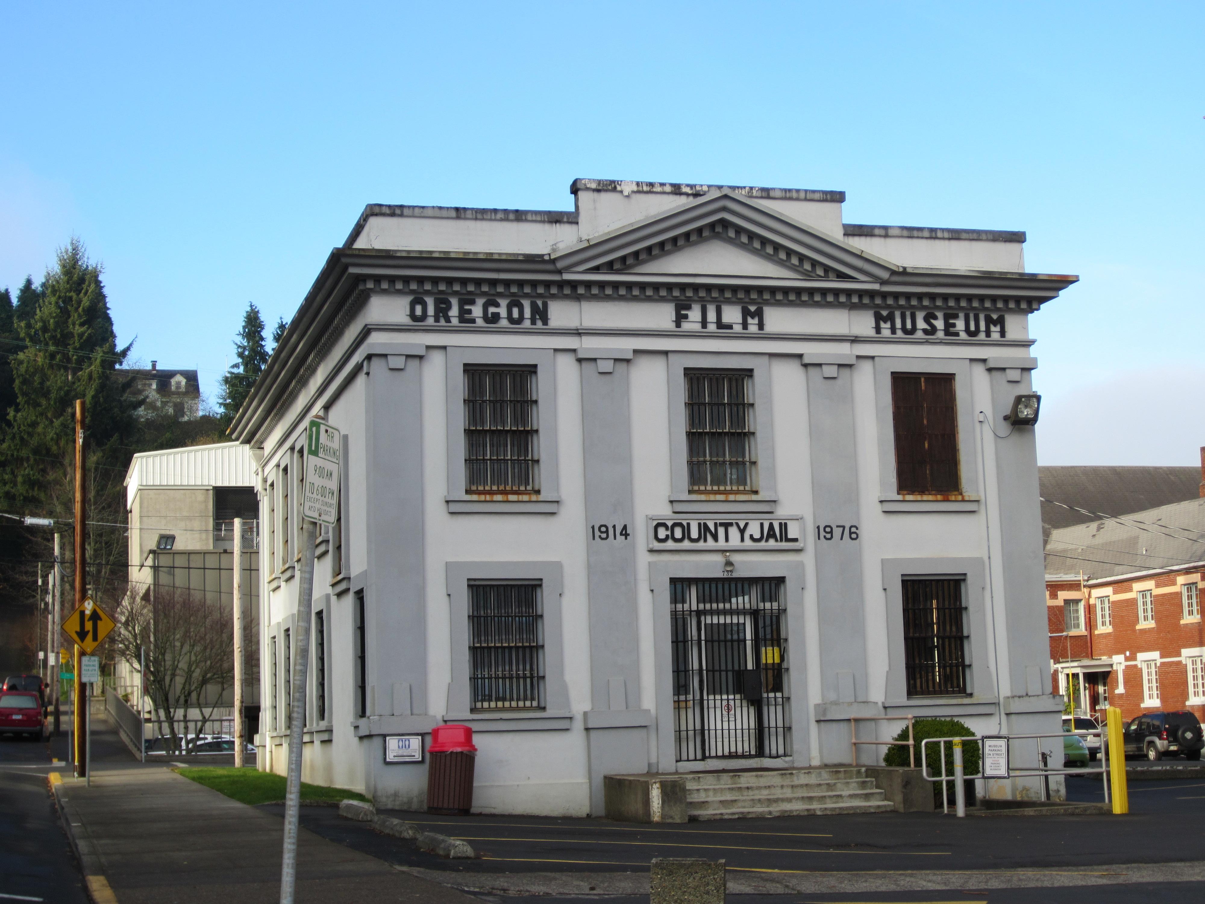 Oregon_Film_Museum,_County_Jail,_Astoria