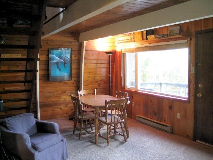 the bay vacation oregon rentals cabins depoe cabin rental coast driftwood
