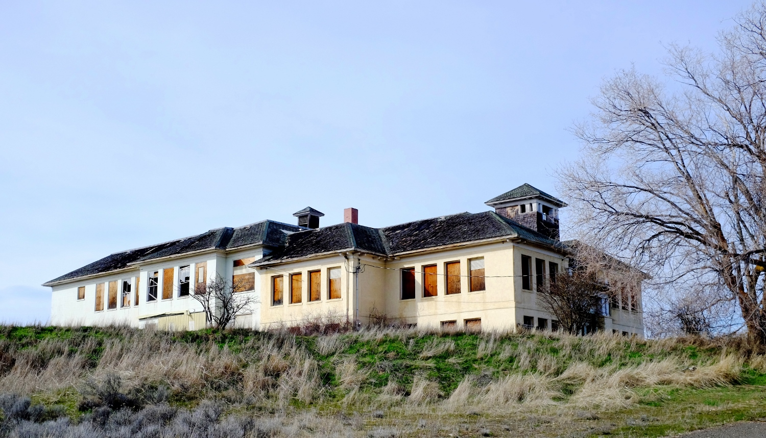 26 old abandoned buildings in oregon that 39 ll amaze you for Building a house in oregon