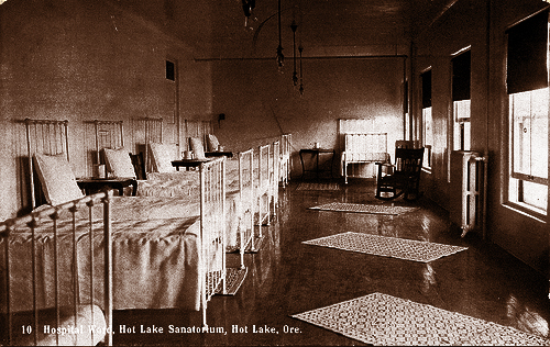 hot lake hotel beds