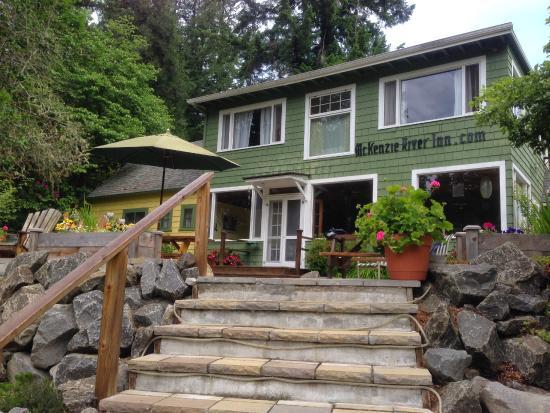 mckenzie_river_moutnain_Resort