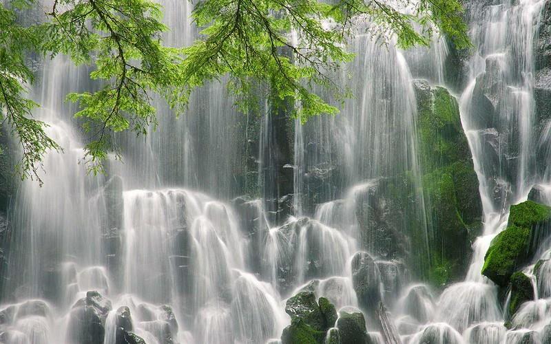 waterfall hikes in Oregon Ramona Falls Beautiful