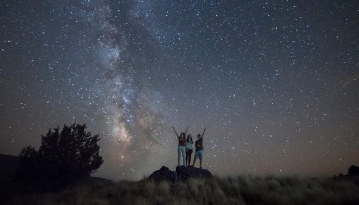 Short Film Captures Mindblowing Meteor Shower in Oregon