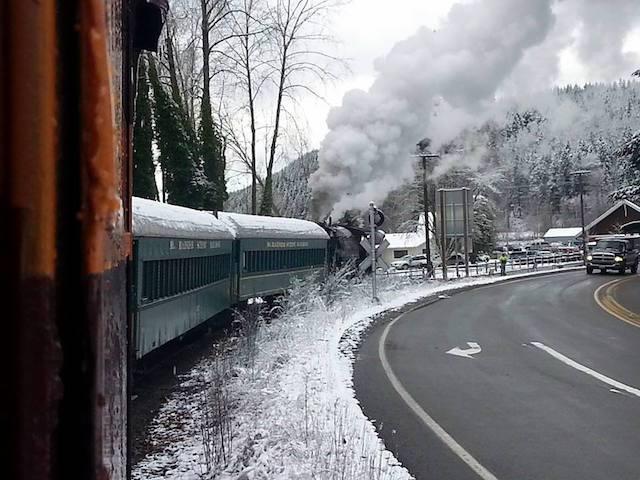 santa-express-train-nov-29-2014-elbe-wa