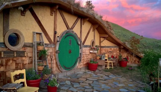 Rent This Hobbit Hole for the Most Magical Northwest Vacation Ever