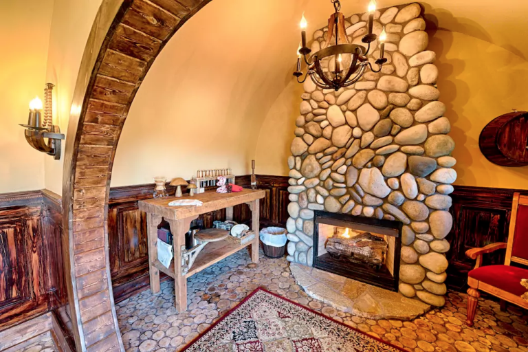 Rent This Hobbit Hole For The Most Magical Northwest