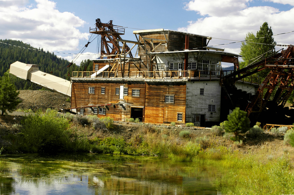 sumpter_valley_dredge