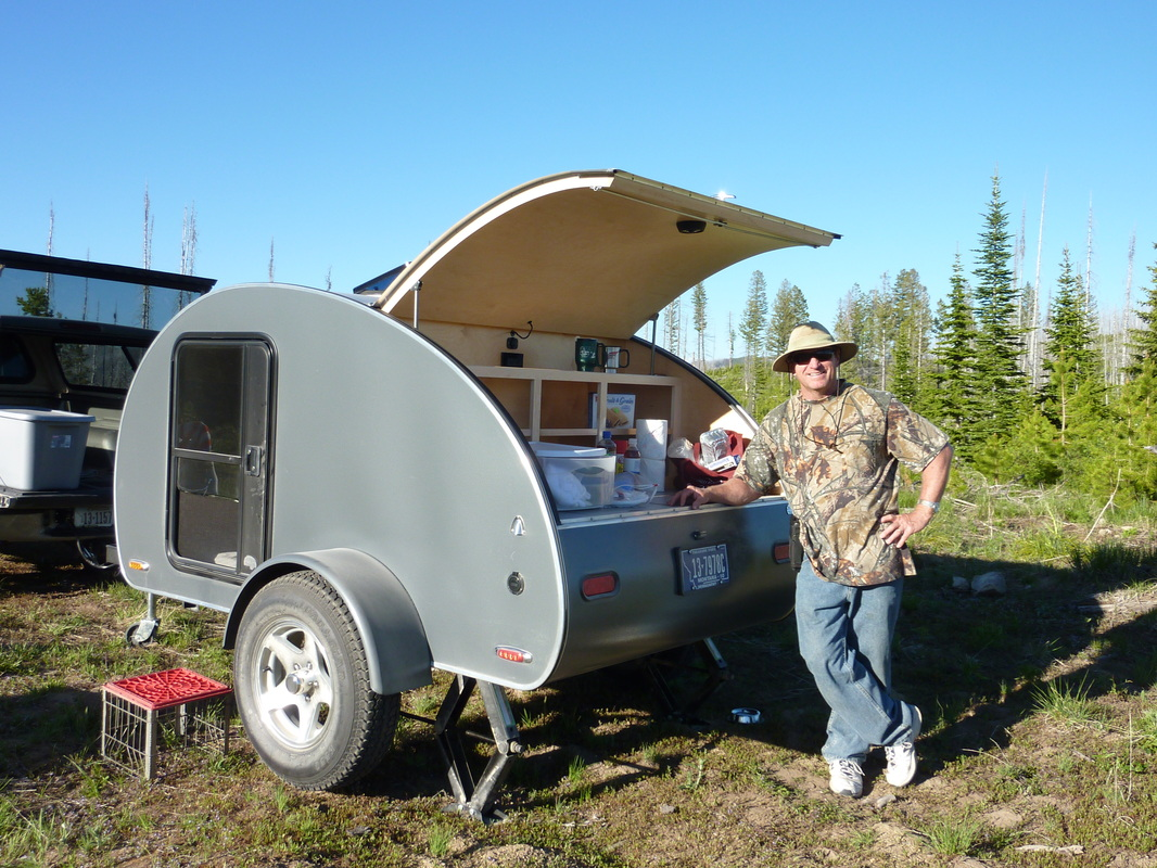 Take a Peek In This Awesome Oregon-Made Teardrop Trailer
