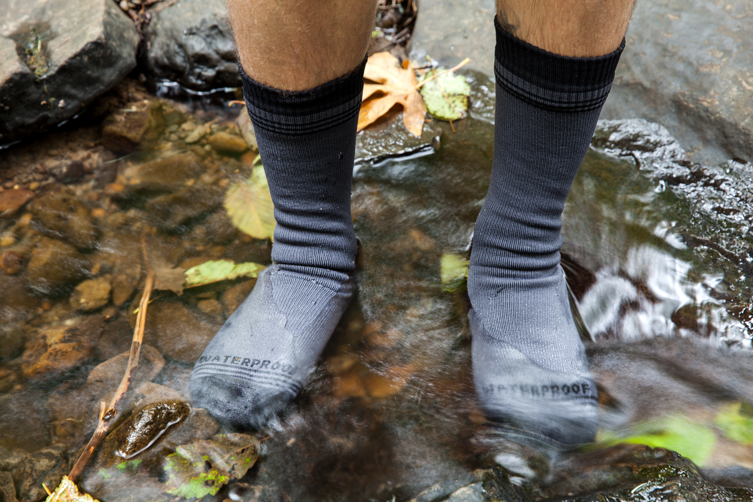 crosspoint-wp-wool-crew-sock-lifestlye-1-water-not-cropped