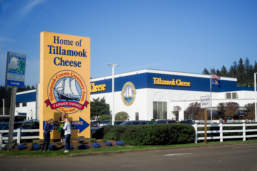 tillamook-cheese-factory-0001