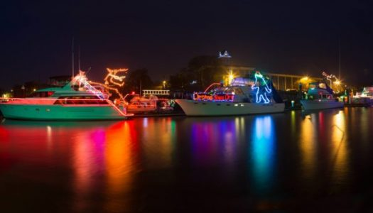 This Magical Christmas Ships Parade in Oregon is a Must-See