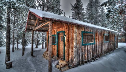 These Rustic Cabins in Central Oregon Are The Perfect Winter Getaway