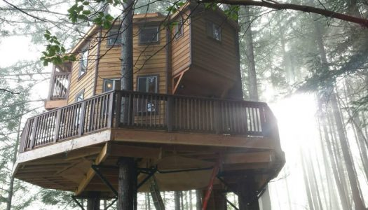 This Treehouse Paradise is The Perfect Oregon Getaway