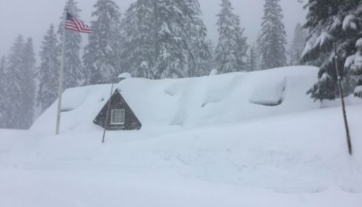 Avalanche closes access to Crater Lake National Park