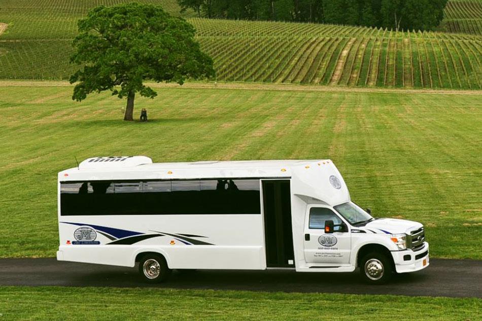 jmi-limo-party-bus-wine-tour-oregon