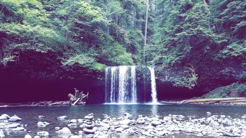 Oregon Waterfall Hike