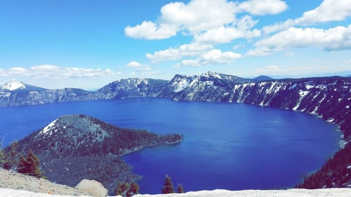 Crater Lake Hiking Guide