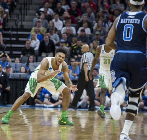 Ducks Tyler Dorsey Defense