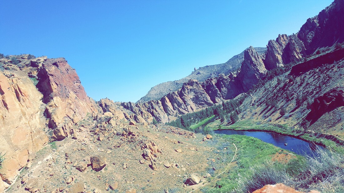 Hiking Smith Rock - Wonders of Oregon