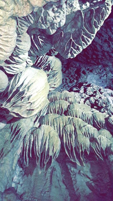 Oregon Cave Walls