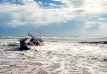 What to Do if Your Boat Capsizes