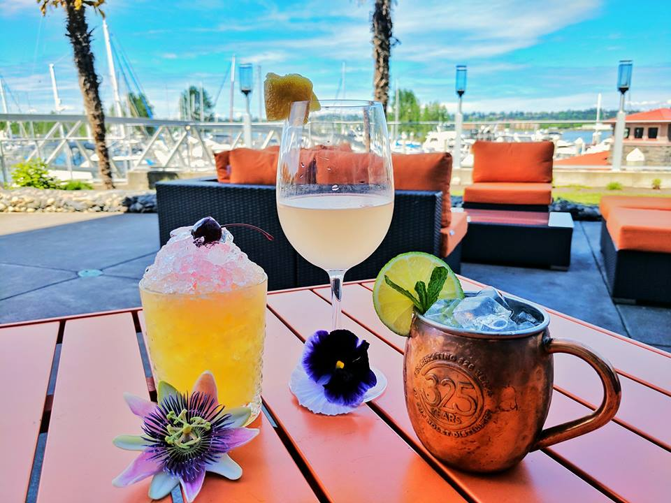 Waterfront Patio Bar Portland Oregon Yacht Harbor