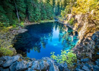 Blue Pool Willamette National Forest Oregon