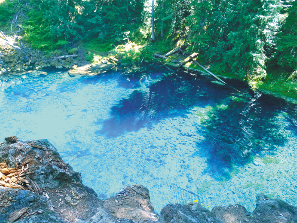 Tamolith Pool Blue Pool Oregon Cold Water