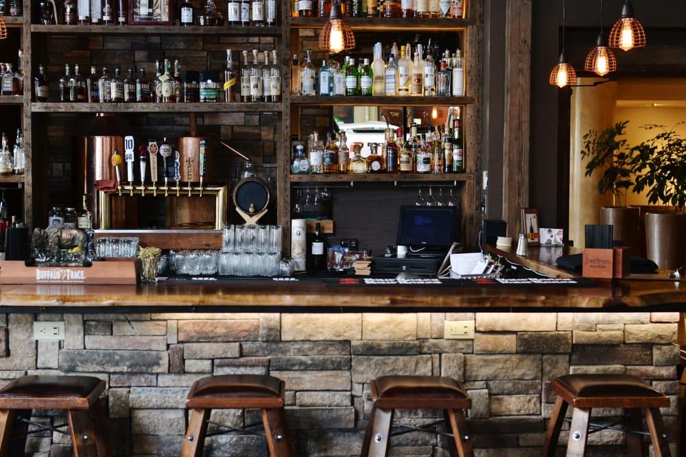 Swine Moonshine and Whiskey Bar