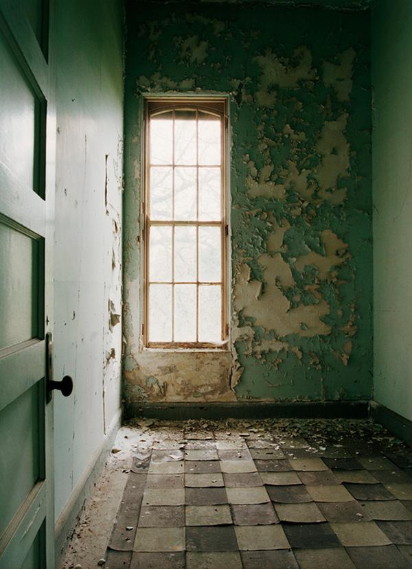 These Photos From Oregon's Abandoned Insane Asylum Are