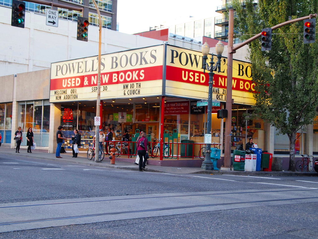 Largest bookstore in the world is in Oregon Powell's City of Books