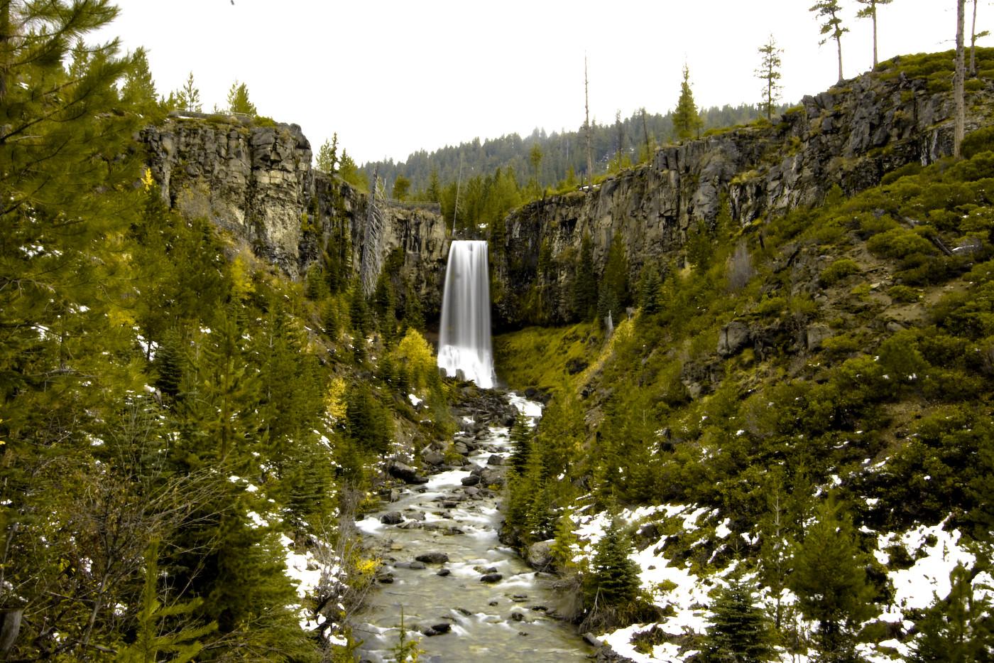Tumalo Falls Hike near Bend Oregon near Redmond Oregon