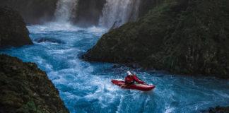 kayaking waterfalls in Oregon