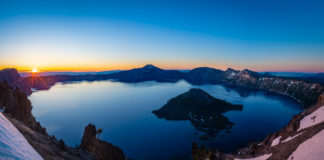 Crater Lake Sunset, places to visit in Oregon