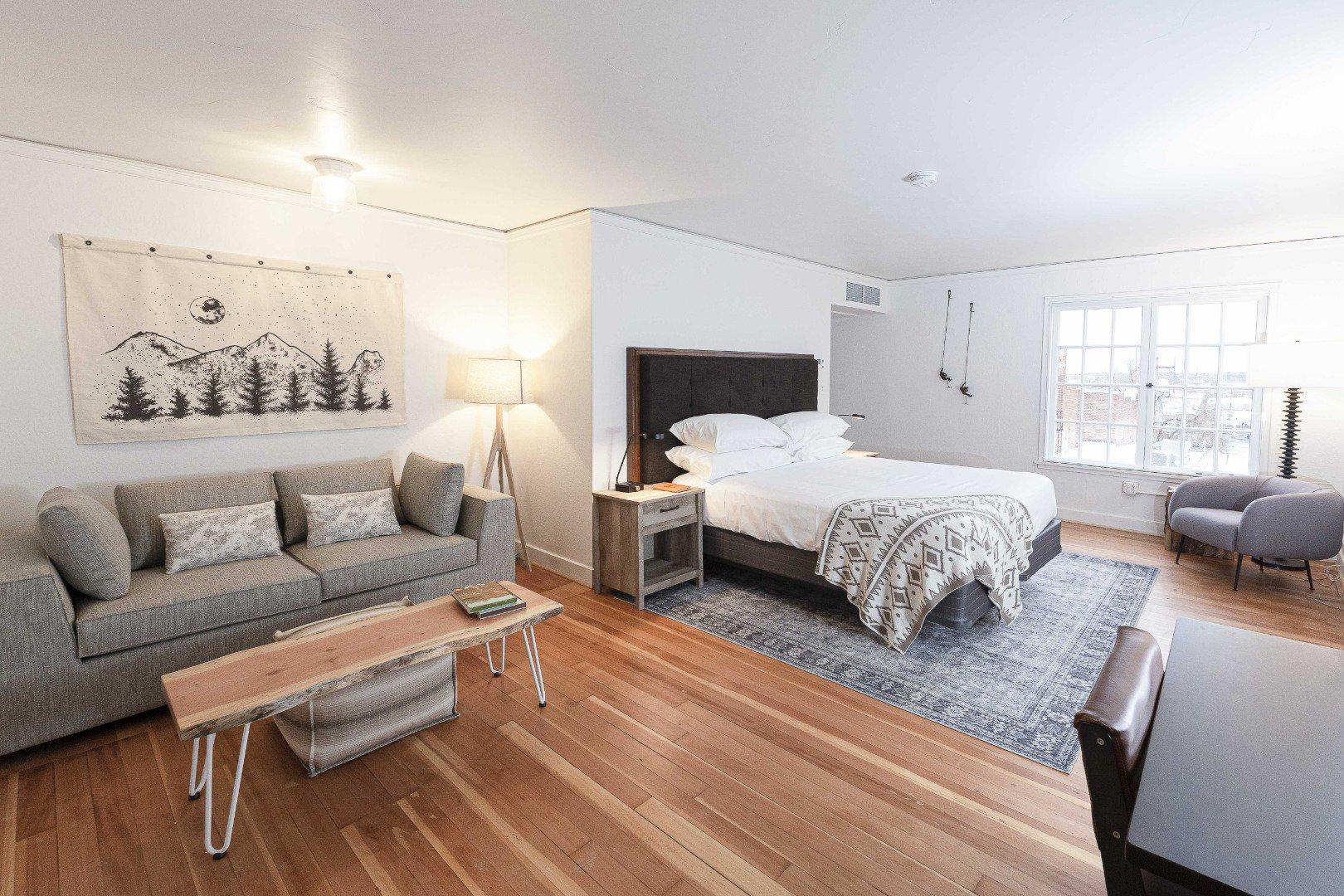 SCP Redmond Hotel Bedroom With calming colors