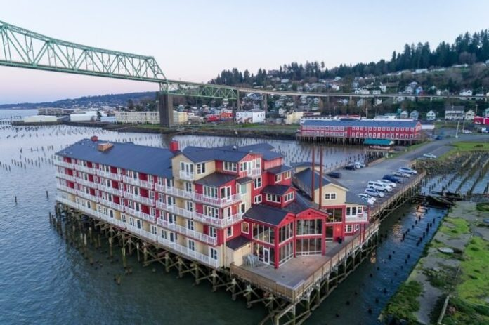 An aerial view of the Cannery Pier Hotel and the Columbia River.