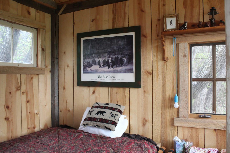 The Bear Hug guest cabin
