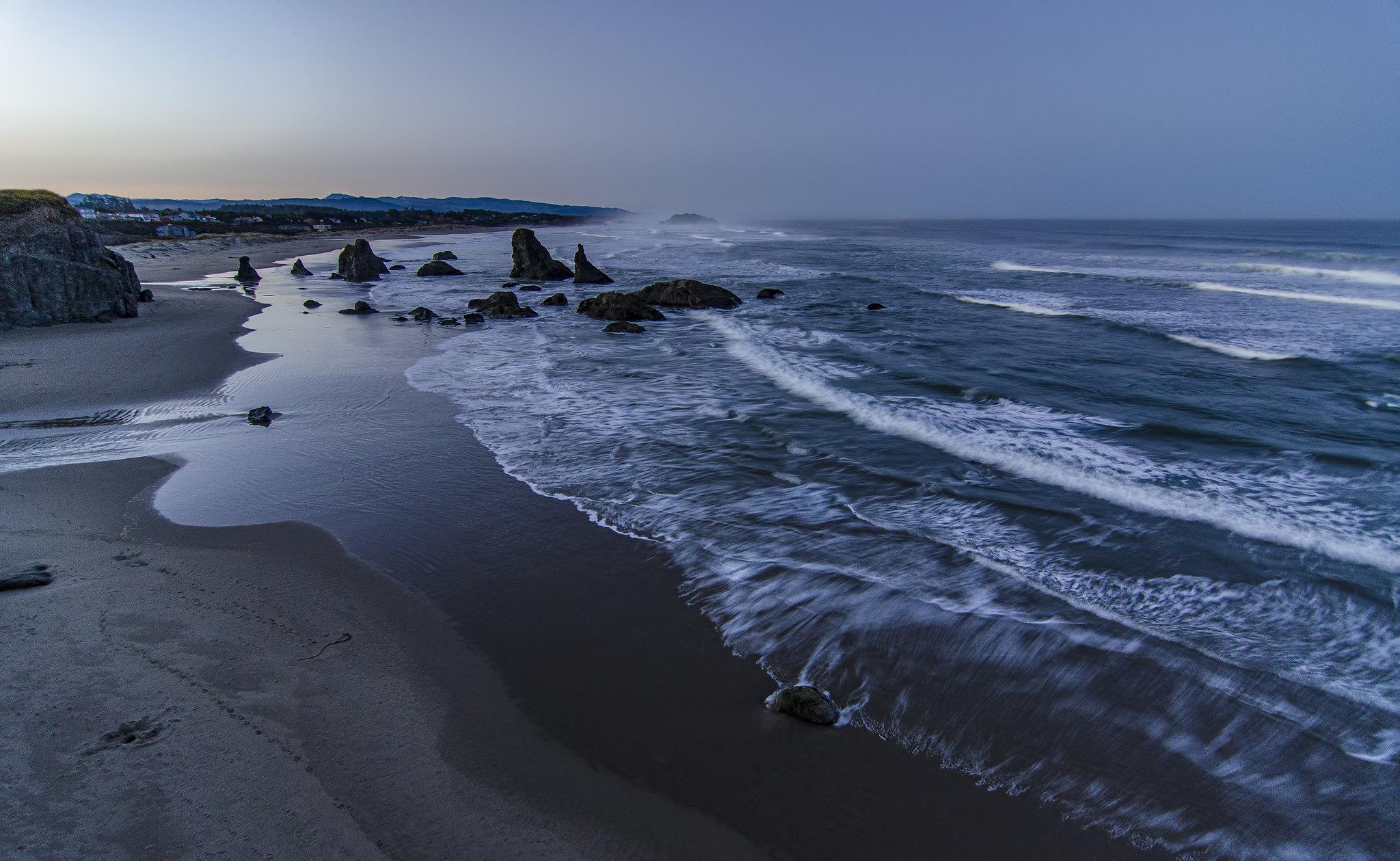 The light fading on the Bandon coastline