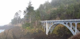 The view of Ben Jones Bridge on the Oregon Coast.