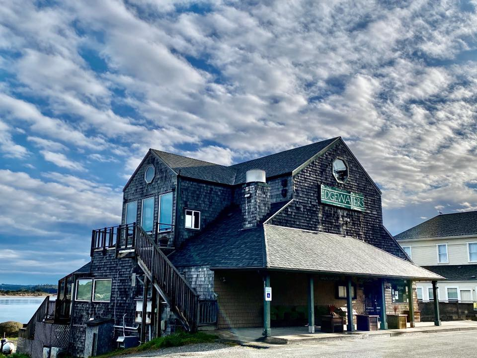 edgewaters seafood restaurant bandon oregon Best Seafood Restaurants on the Oregon Coast